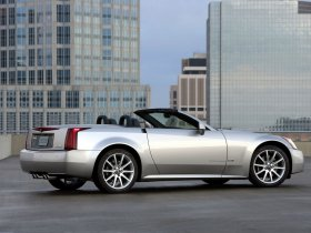 Ver foto 17 de Cadillac XLR-V 2006