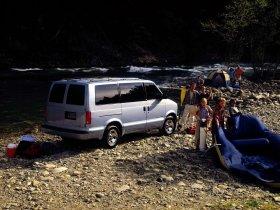 Ver foto 2 de Chevrolet Astro 1999