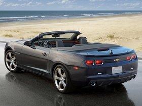 Ver foto 3 de Chevrolet Camaro Convertible 2010
