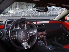 Ver foto 9 de Chevrolet Camaro Indianapolis 500 Pace Car 2010