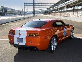Ver foto 2 de Chevrolet Camaro Indianapolis 500 Pace Car 2010