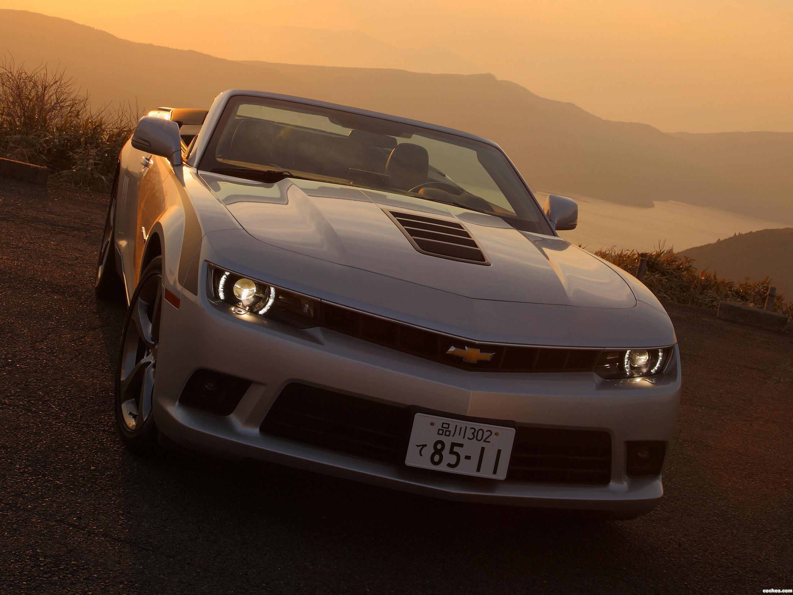 Foto 0 de Chevrolet Camaro LT RS Convertible Japan  2013