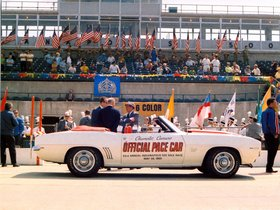Ver foto 7 de Chevrolet Camaro SS Convertible Indy 500 Pace Car 1969
