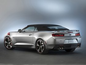 Ver foto 4 de Chevrolet Camaro SS Convertible Red Accent Package Concept 2015