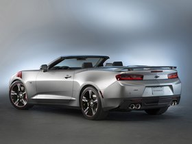 Ver foto 3 de Chevrolet Camaro SS Convertible Red Accent Package Concept 2015