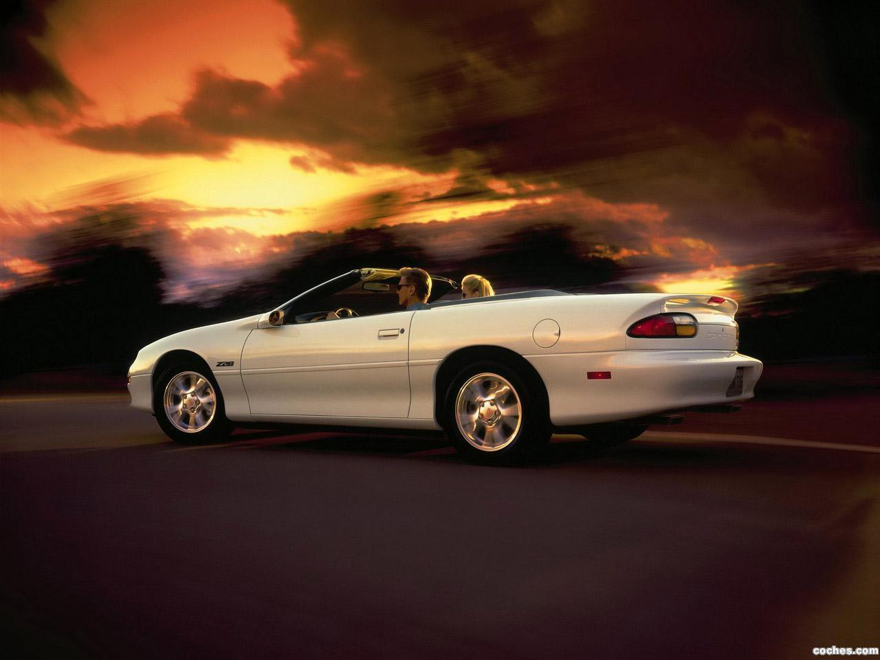Foto 7 de Chevrolet Camaro Z28 Convertible 1999