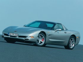 Ver foto 16 de Chevrolet Corvette 2000