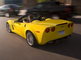 Ver foto 4 de Chevrolet Corvette Grand Sport Convertible 2010
