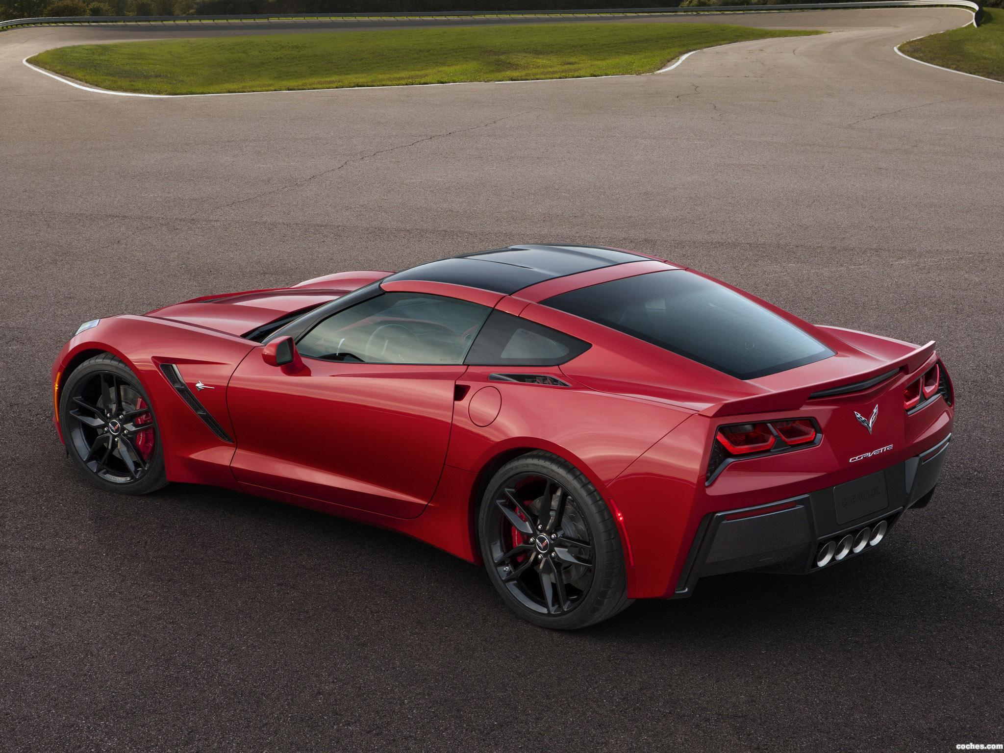 Foto 2 de Chevrolet Corvette Stingray C7 2014