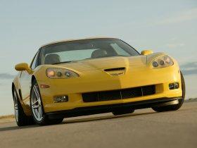 Ver foto 1 de Chevrolet Corvette Z06 2006