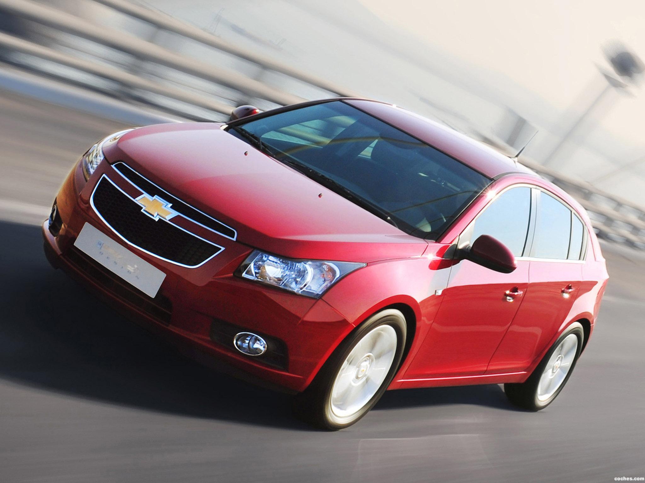 Foto 0 de Chevrolet Cruze Hatchback 2011