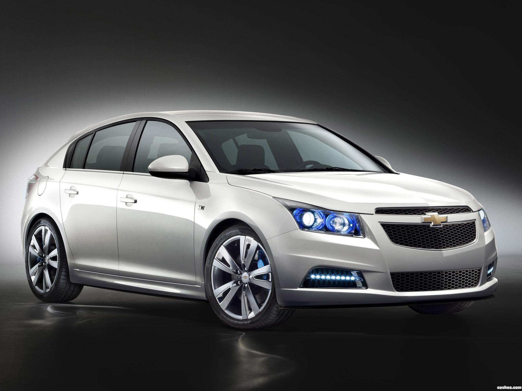 Foto 0 de Chevrolet Cruze Hatchback Concept 2010
