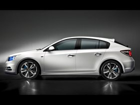Ver foto 2 de Chevrolet Cruze Hatchback Concept 2010