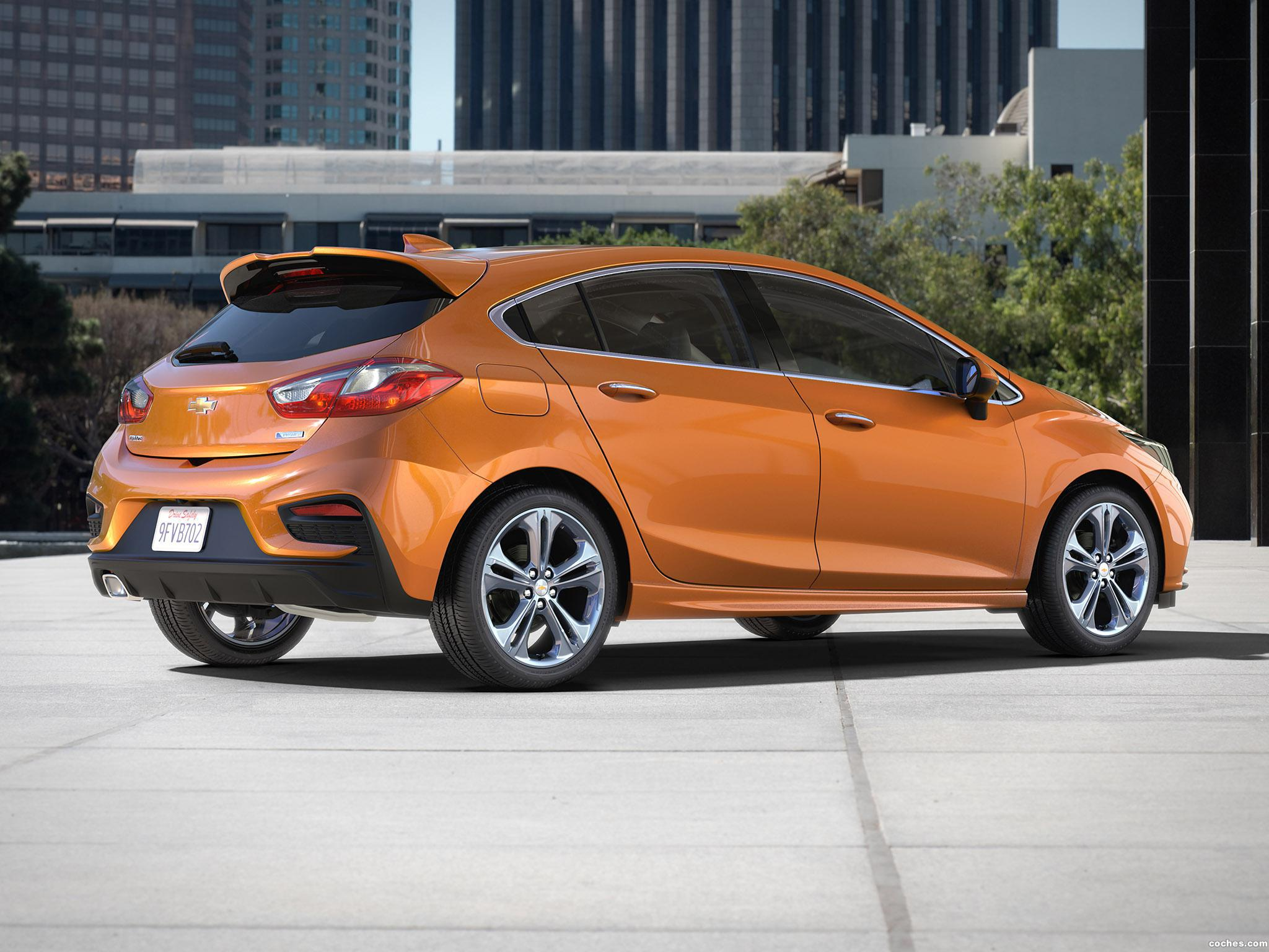 Foto 2 de Chevrolet Cruze Premier RS Hatch 2016