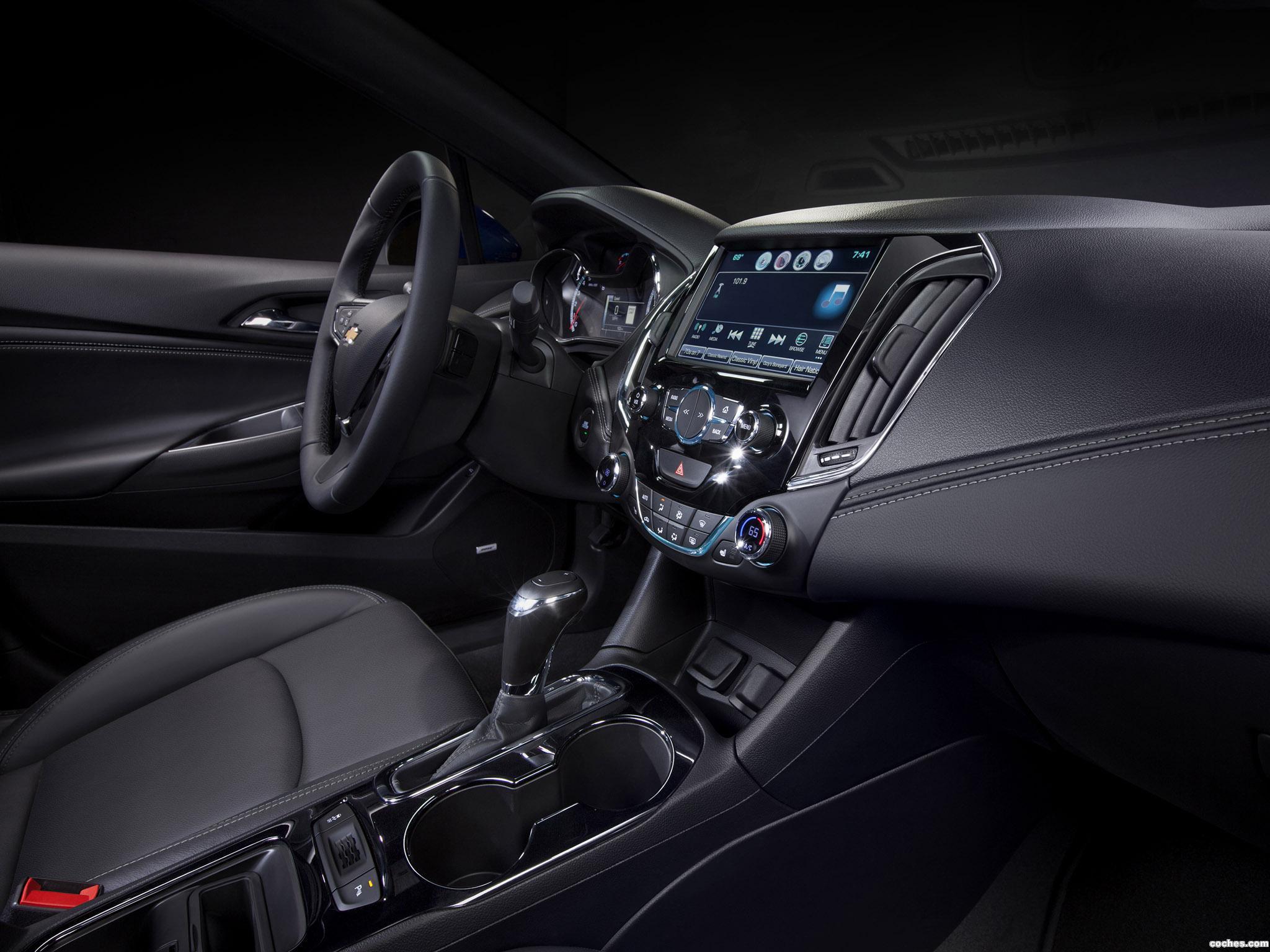 Foto 4 de Chevrolet Cruze RS 2015
