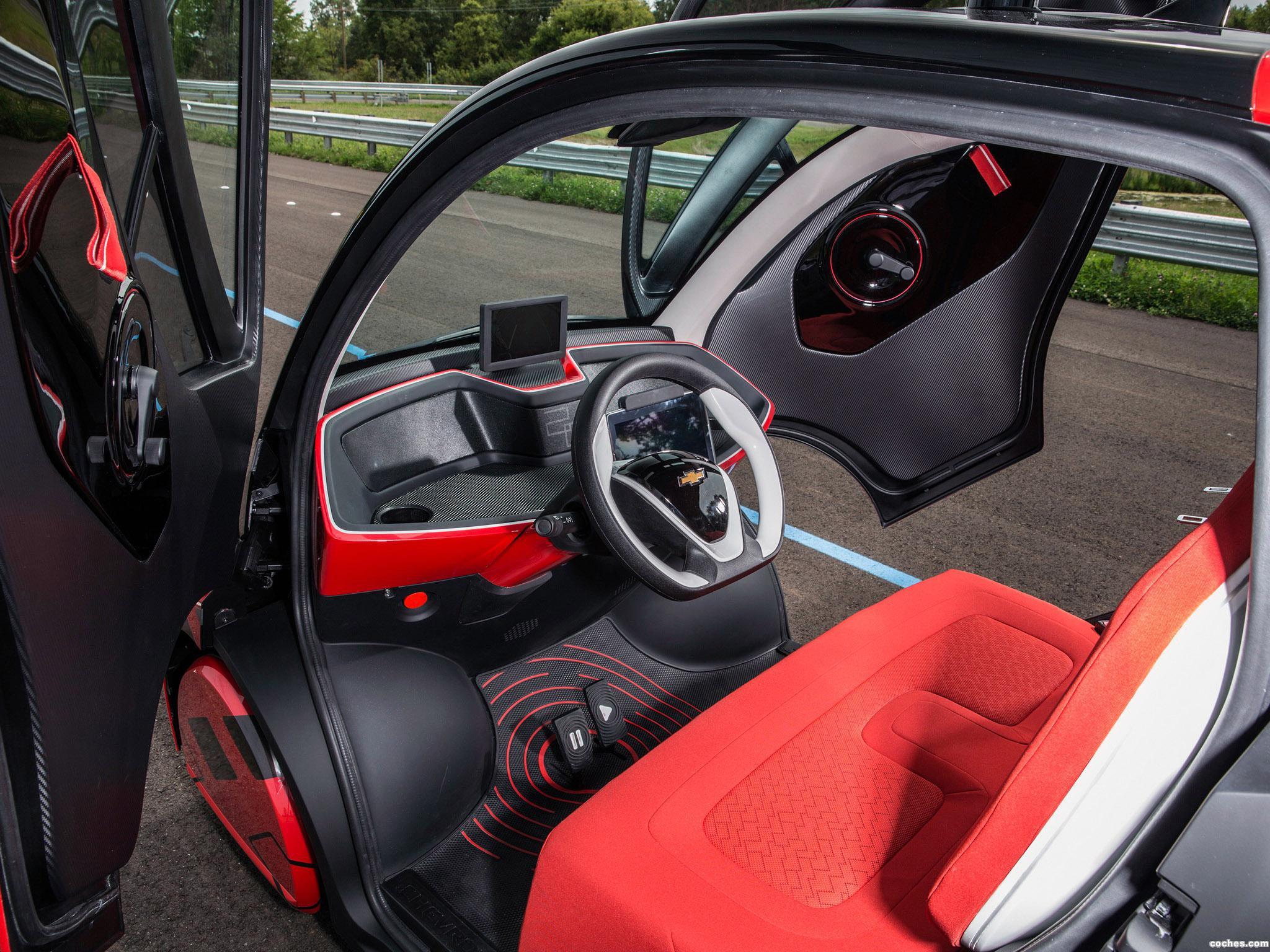 Foto 2 de Chevrolet Electric Networked Vehicle EN-V 2.0 2014