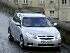 Ver foto 1 de Chevrolet Epica 2006