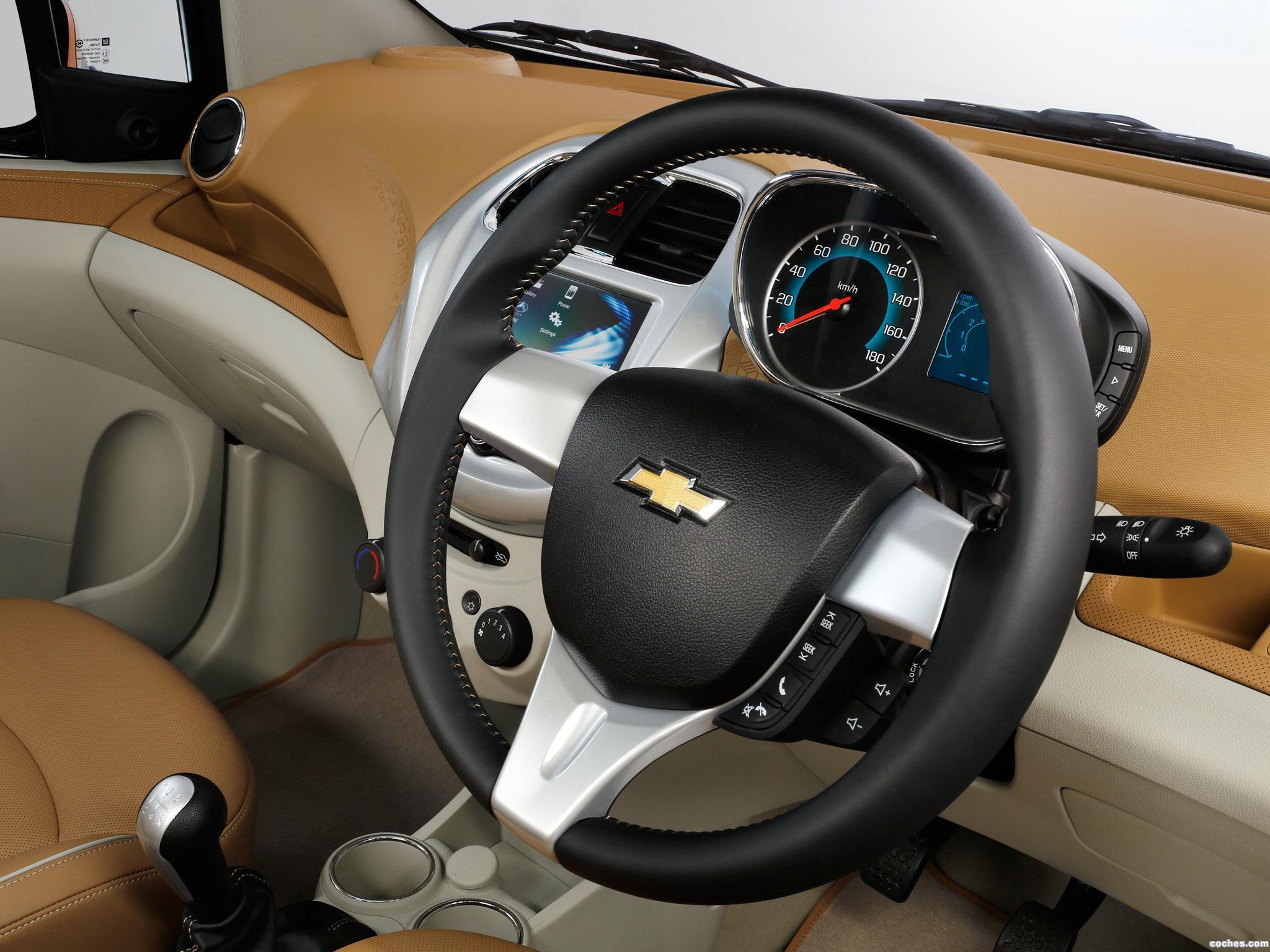 Foto 4 de Chevrolet Essentia Concept 2016