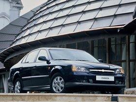 Ver foto 3 de Chevrolet Evanda 2004