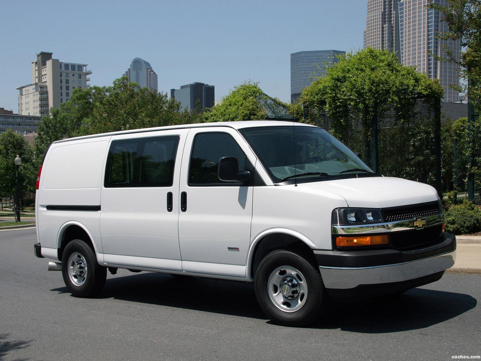 Fotos de Chevrolet Express Cargo Van 2002