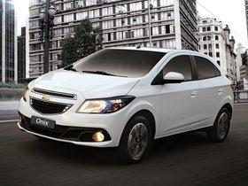 Ver foto 15 de Chevrolet Onix 2012