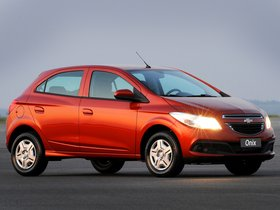 Ver foto 10 de Chevrolet Onix 2012