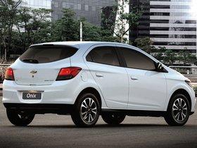 Ver foto 16 de Chevrolet Onix 2012