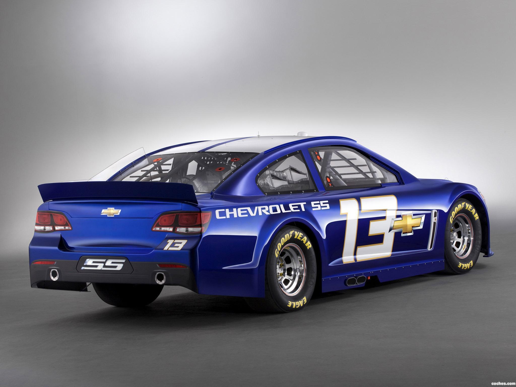 Foto 3 de Chevrolet SS NASCAR Sprint Cup Series Race Car 2013