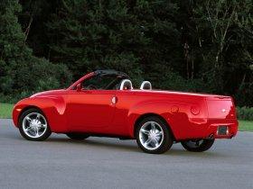 Ver foto 2 de Chevrolet SSR 2001