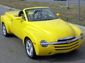 Ver foto 6 de Chevrolet SSR 2001