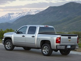 Ver foto 2 de Chevrolet Silverado 3500 HD Hybrid 2011