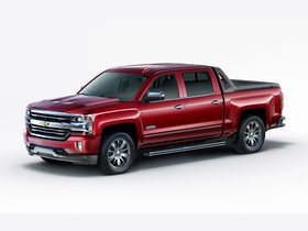 Ver foto 1 de Chevrolet Silverado High Country High Desert Crew Cab GMTK2 2016