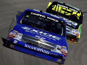 Ver foto 2 de Chevrolet Silverado NASCAR Camping World Series Tr 2013