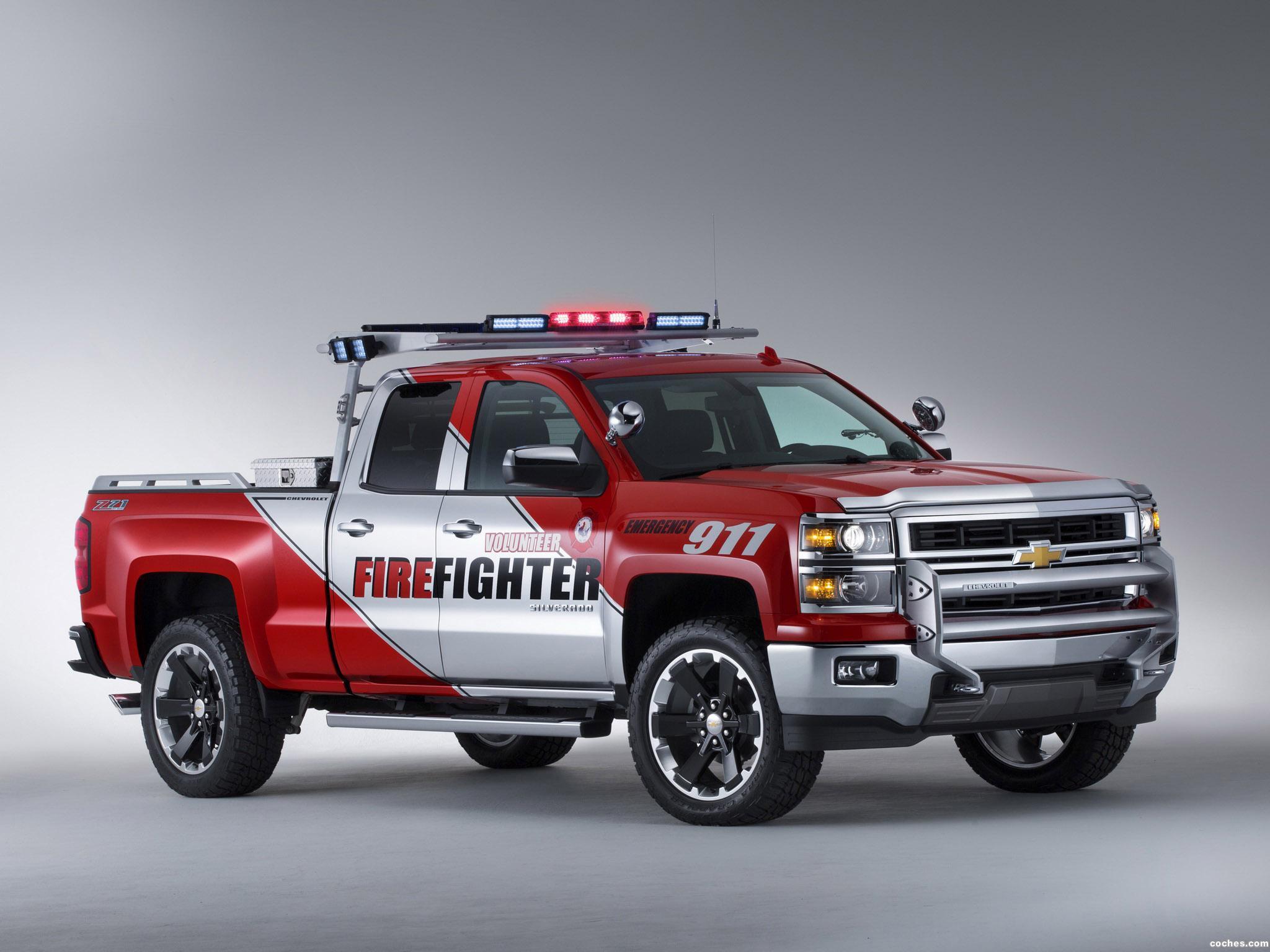 Foto 0 de Chevrolet Silverado Volunteer Firefighter Concept 2013