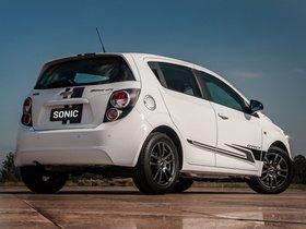 Ver foto 3 de Chevrolet Sonic Effect 2013