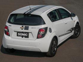 Ver foto 2 de Chevrolet Sonic Effect 2013