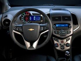 Ver foto 10 de Chevrolet Sonic Hatchback 2011