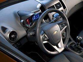Ver foto 9 de Chevrolet Sonic Hatchback 2011