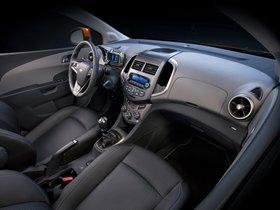 Ver foto 8 de Chevrolet Sonic Hatchback 2011