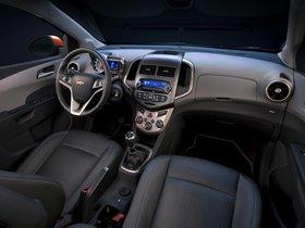Ver foto 7 de Chevrolet Sonic Hatchback 2011