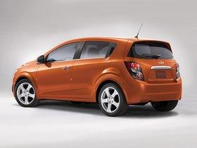Ver foto 2 de Chevrolet Sonic Hatchback 2011