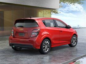 Ver foto 2 de Chevrolet Sonic Hatchback USA 2016
