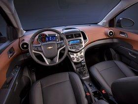 Ver foto 6 de Chevrolet Sonic Sedan 2011