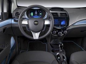 Ver foto 10 de Chevrolet Spark EV 2013