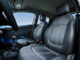 Ver foto 9 de Chevrolet Spark M300 2013
