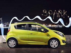 Ver foto 3 de Chevrolet Spark UK 2013