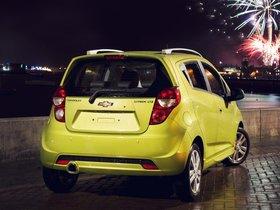 Ver foto 2 de Chevrolet Spark UK 2013
