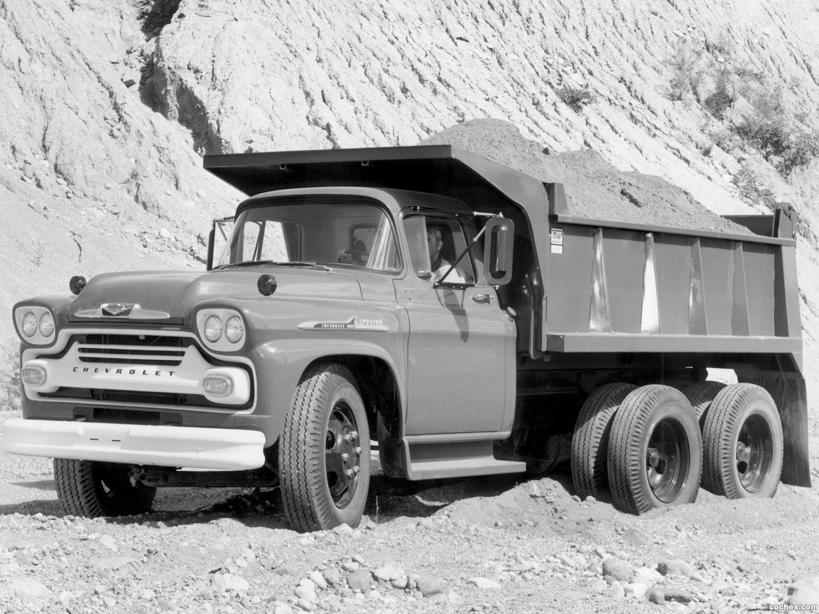 Foto 0 de Chevrolet Spartan 100 Dump Truck  1958