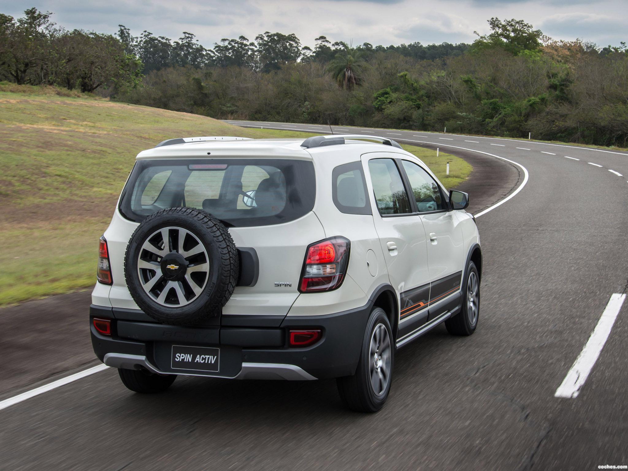 Foto 2 de Chevrolet Spin Activ 2014