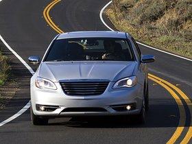 Ver foto 17 de Chrysler 200 2010